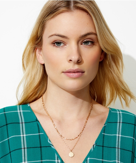 DELICATE CHAIN & DISC NECKLACE