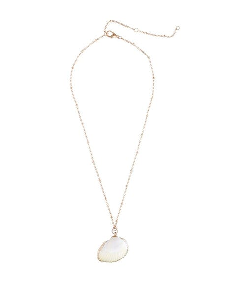 COCKLE SHELL PENDANT NECKLACE