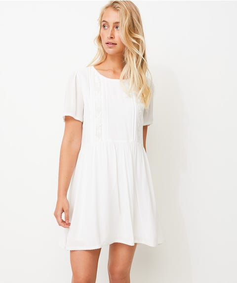 FLOATY LACE DETAIL SHIFT DRESS