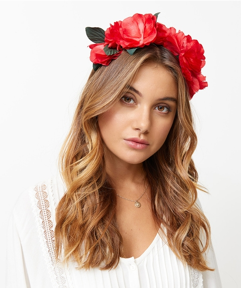 RED FLORAL GARLAND