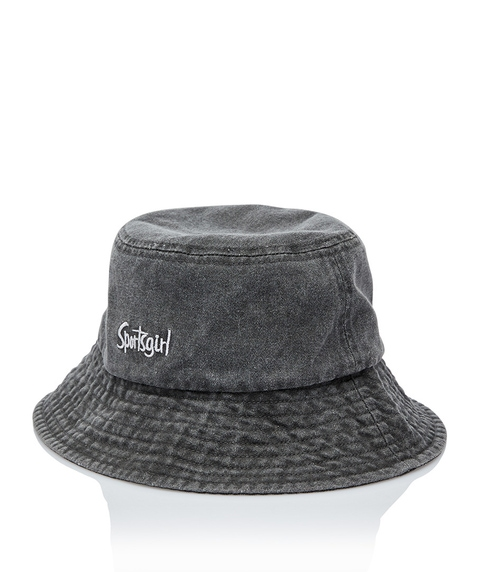SPORTSGIRL WASHED BLACK BUCKET HAT