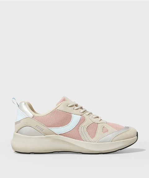 SPORTY LUXE TRAINER