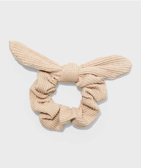 LATTE RIBBED BOW SCRUNCHIE