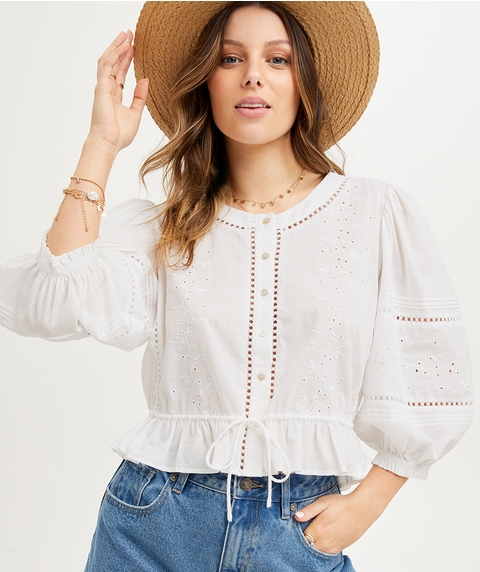 EMBROIDERED LACE INSERT BLOUSE